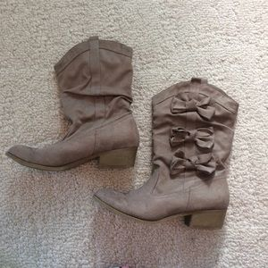 Kensie Girl Shoes - Final price: NEW CONDITION! Mid-calf suede boots