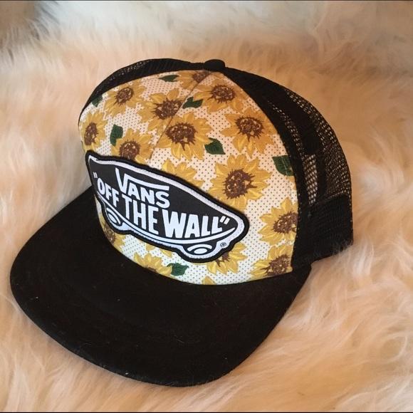 8dfae5d97d0 ✨CYBER DEAL ✨ • Vans Sunflower Snapback