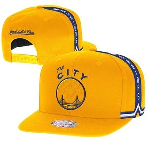 Mitchell & Ness Other - 💛Golden State Warriors Hat💛