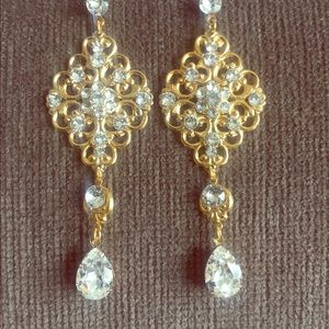 Handmade  Jewelry - Gold long chandelier earrings with crystals