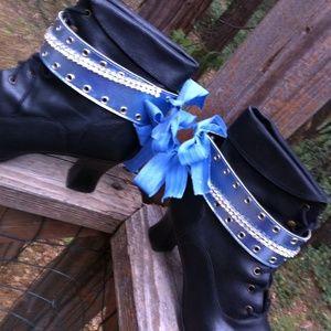 HPx2Rhinestones blue boot bling