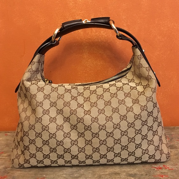 4cb8b2d9e408da Gucci Handbags - Gucci Beige/Ebony GG Canvas Horsebit Hobo Bag