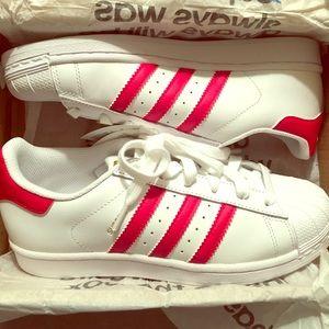 Adidas Shoes - ✨NEW WITH ORIGINAL BOX ADIDAS SUPERSTARS✨