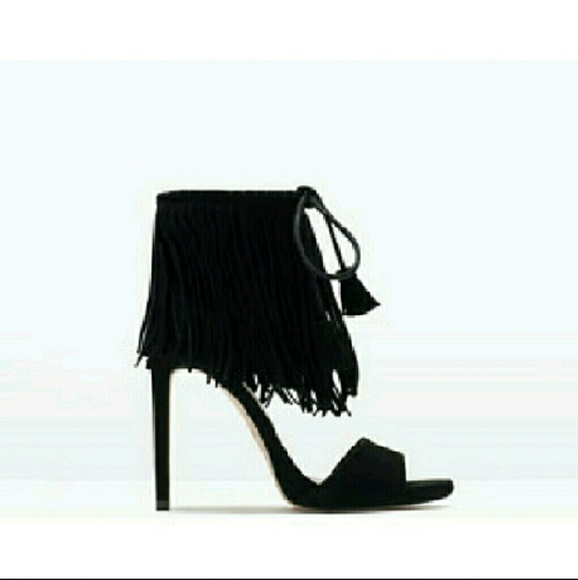 438d741ccda Zara Fringe Heels