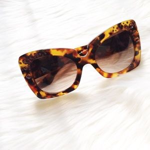 Versace Accessories - Versace sunnies