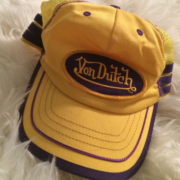 Von Dutch Other - Vintage Von Dutch Hat - Mesh 9e2f27bd17c