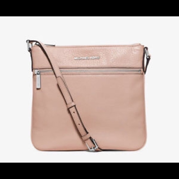 1f79a1bf01099f Michael Kors Bags | Bedford Flat Crossbody Ballet Pink | Poshmark