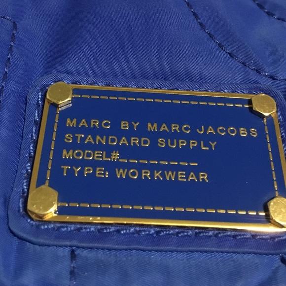 ae396771fb Authentic Marc Jacobs nylon Crossbody purse. M_5830e7c22ba50a9b3b04d28d