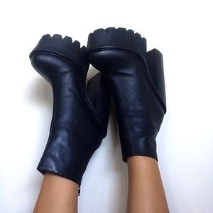 Jeffrey Campbell Mulder Boot