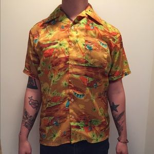 Vintage Other - Vtg 70s Hawaiian Button Shirt Medium