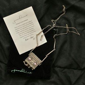 Jewelmint Jewelry - Treasure trove pendant
