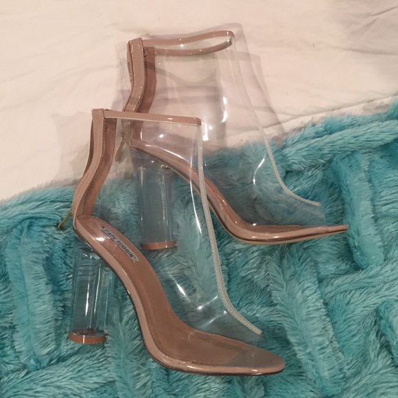 d20011f0b22 cape robbin Shoes - NIB Perspex Clear Booties Size 8 Transparent