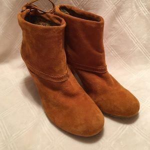 Dollhouse Shoes - Tan boots