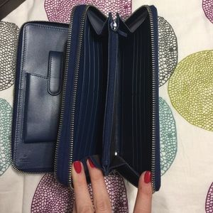 a5183bae3a92 Gucci Bags | New Diamante Leather Travel Wallet In Navy | Poshmark