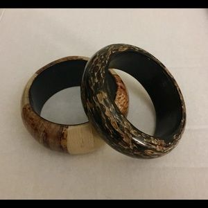 Lot of two wood bangle bracelets