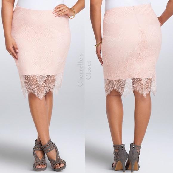 2574af2ff6bcb Torrid Ponte Lace Pencil Skirt Plus Size 2X 18 20