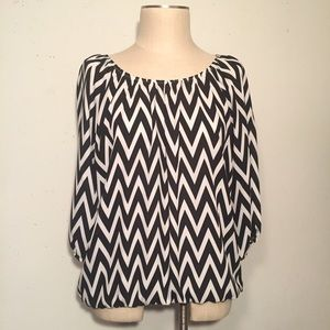 magic fit Tops - Black & White Chevron Blouse