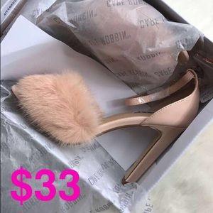 Shoes - 💗1 HR SALE💗Pink Fluffy Peep Toe Heels