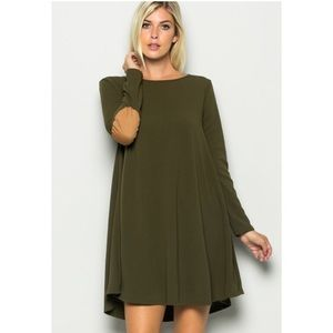 ✨Host Pick ✨ Plus Size Dress With Elbow Patch
