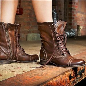 6.5 Steve Madden Cognac Leather Troopa Boots