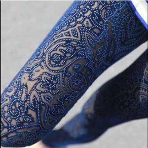 Pants - Blue crochet velvet legging