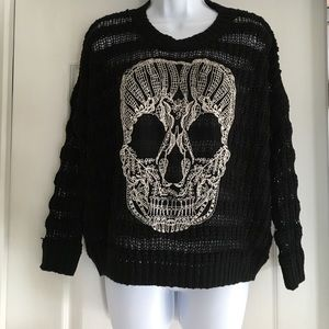 Elan Sweaters - Trendy skull sweater size small