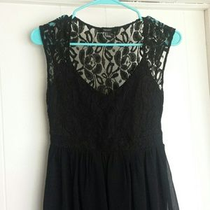 Forever 21 High Low Lace Back Dress Size S