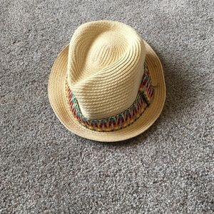 Accessories - Cute and fun straw hat