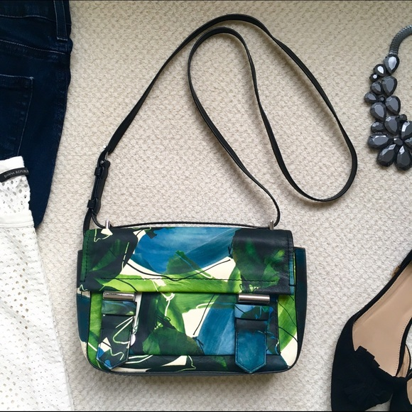 Reed Krakoff Handbags - 🎉HP🎉 Reed Krakoff Floral Cross Body Bag