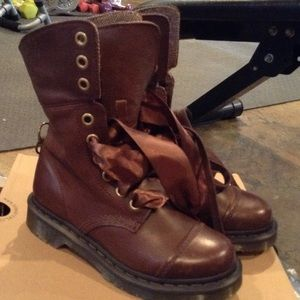 Dr Martens Brown Boots size 6