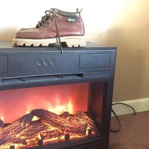 Vibram Other - Vibram Brown Boots