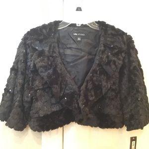 Brand NWT I.N. Studio wrap/jacket size XL