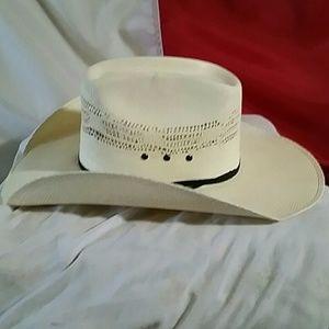 d11e1a8905c cavenders Accessories - Cavenders straw hat