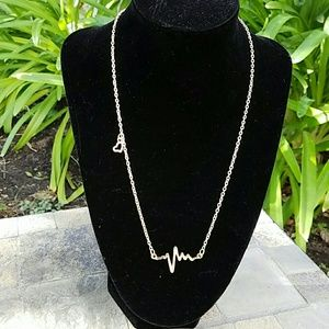 Jewelry - Gold seismic necklace