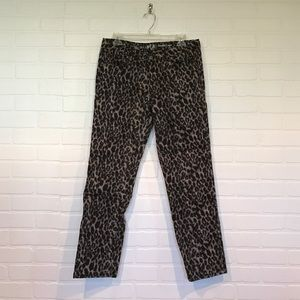 Leopard print straight leg Capri pants 10