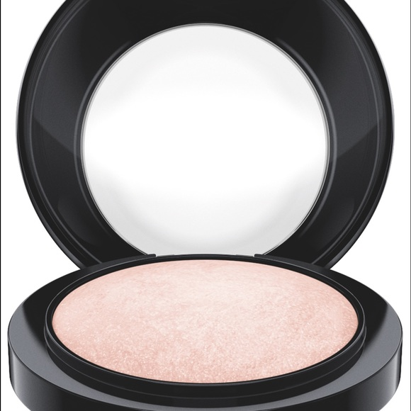 MAC Cosmetics Other - MAC Mineralize Skinfinish, Warm Rose