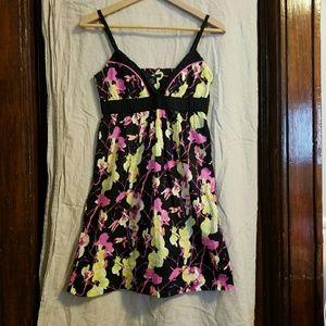 H&M Dresses & Skirts - HM Floral dress