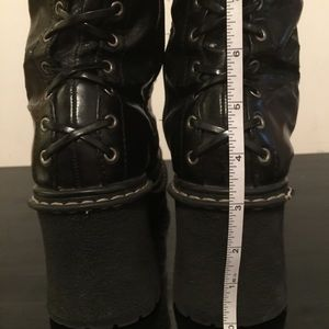 a1142c9173a6 lei Shoes - Black LEI Boots size 8 in used condition
