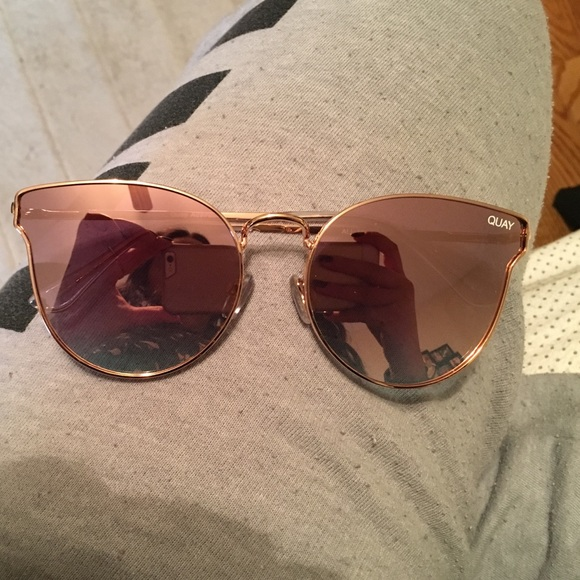 3bd990cad44 All my love Quay Rose gold pink sunglasses
