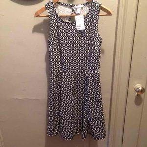 H&M Dresses & Skirts - Black and white H&M Dress