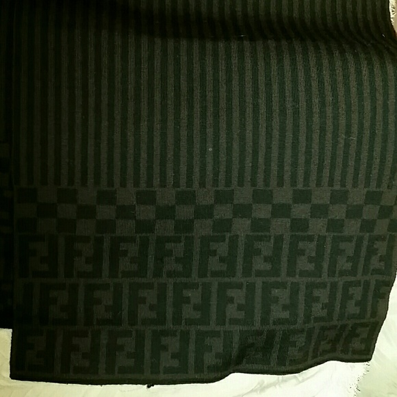 dd9a224582 Fendi Accessories - Authentic Fendi Soft Marino Wool Scarf