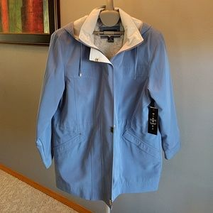 Jackets & Blazers - NWT Blue Lightweight Jacket Sz M (10/12)