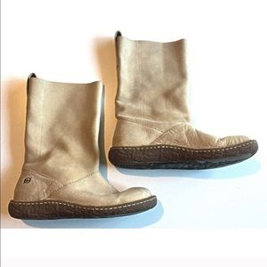 Born Leather Pull On Mid Calf Boots