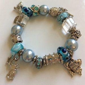 Jewelry - ✨💖Charm Bracelet💖✨