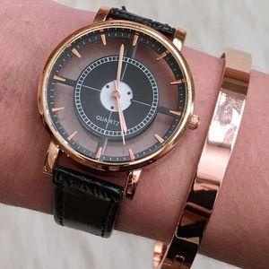 SALE 💙 Transparent Geometric Black Watch