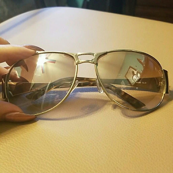bc3edda991fd9 Mirrored Rocawear sunglasses