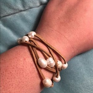 Leather and Pearl Convertible Bracelet/Necklace