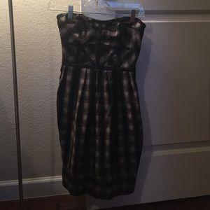 Dresses & Skirts - Never worn strapless plaid dress.