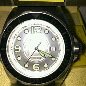 Invicta Other - ☆Invicta Pro Diver's Watch with Rubber Band & Case