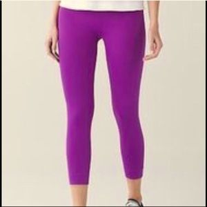NWT Lululemon Zone In Tight